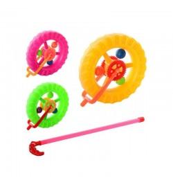 Каталка PF059-59CD (288шт) на палке 38см, колесо 14см, трещотка, 3 цвета, в кульке, 14-15,5-5см
