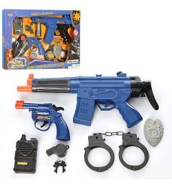 Набор полицейского 8626-8627 (18шт) автомат,зв,св,пистолет,наруч, 2вид,на бат-ке,в кор-ке,45-30-4см
